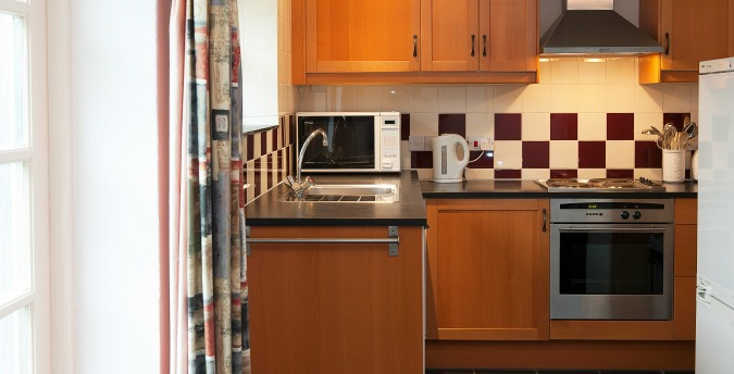 Kitchen of Peace Cottage - a pet friendly holiday cottage at Rosemoor in Pembrokeshire, South West Wales