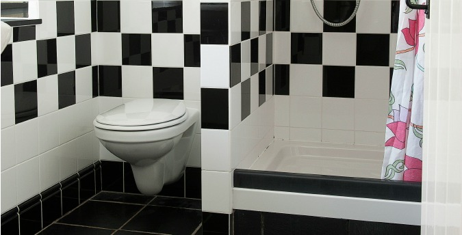 Bathroom f Rose Cottage - a pet friendly holiday cottage at Rosemoor in Pembrokeshire, South West Wales