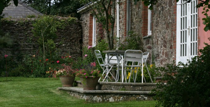 Patio The Coach House - a pet friendly holiday cottage at Rosemoor, Pembrokeshire, South West Wales (2)
