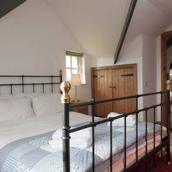 Apple Cottage - a pet friendly holiday cottage at Rosemoor in Pembrokeshire, South West Wales (13)