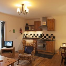 Holly Tree - a pet friendly holiday cottage at Rosemoor in Pembrokeshire, South West Wales (1)