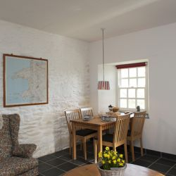 Rose Cottage - a pet friendly holiday cottage at Rosemoor in Pembrokeshire, South West Wales (1)