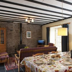 The Coach House - a pet friendly holiday cottage at Rosemoor in Pembrokeshire, South West Wales (3)